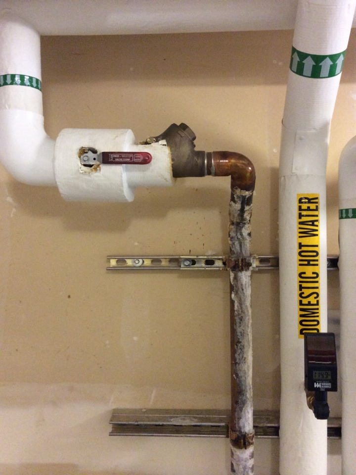Issaquah, WA - Repairing a leak on a mixing valve