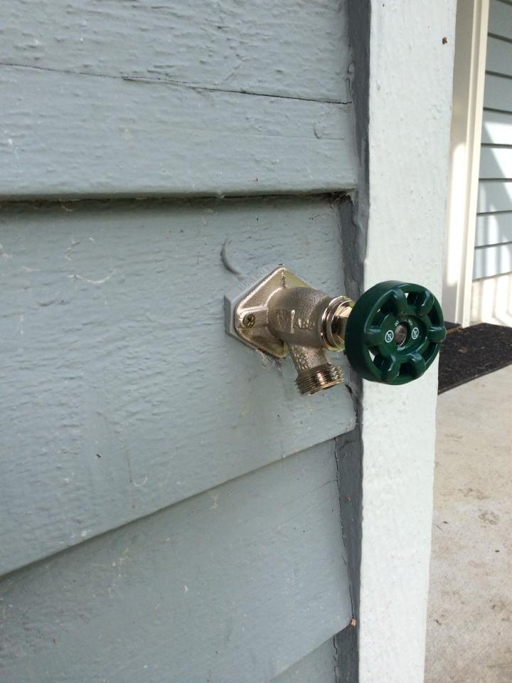 Issaquah, WA - Installing a new hose bib!