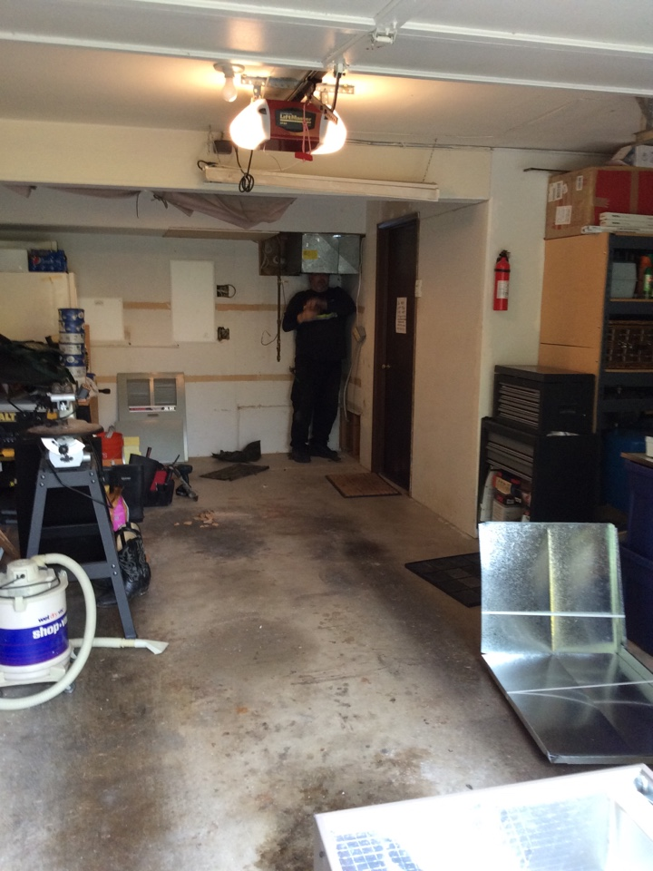 Issaquah, WA - Installing new furnace and AC
