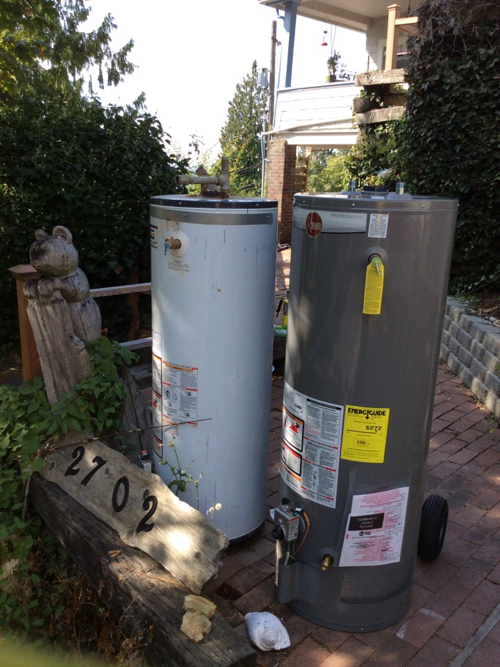 Burien, WA - Replacing a gas water heater