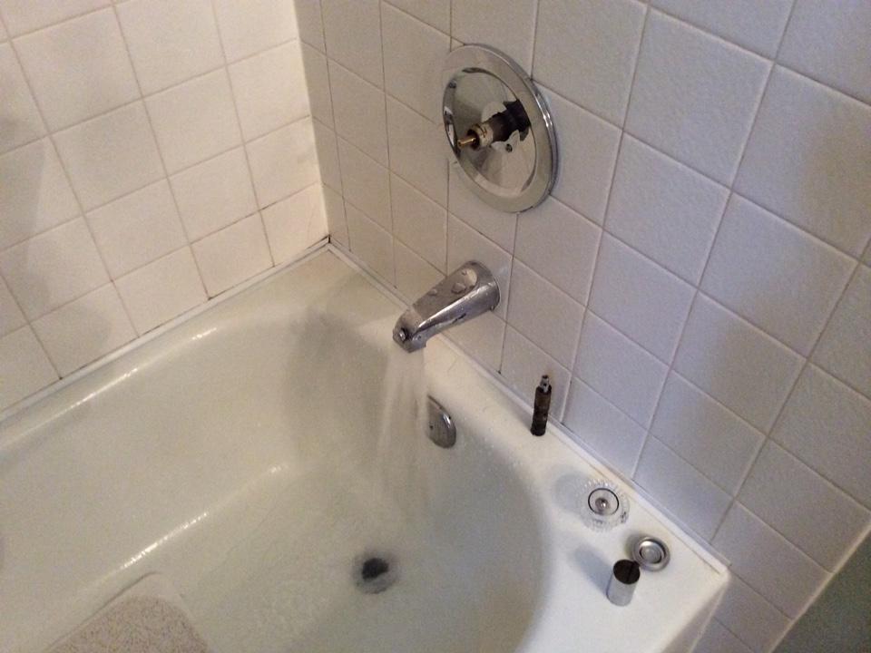 Auburn, WA - Replacing a shower valve cartridge