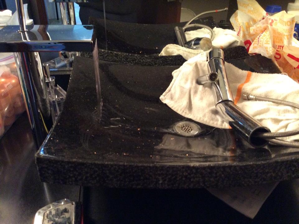 Issaquah, WA - Replacing a bathroom sink faucet