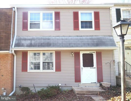 Columbia, MD - were repairing a leak in a roof on a Town Home in Columbia MD 21045