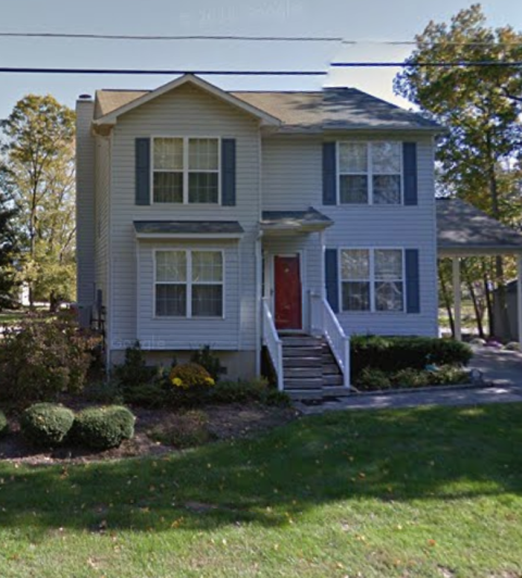 Edgewater, MD - We are replacing some missing shingles on a home in Edgewater MD, 21037.  We are also estimating a roof replacement  since the roof is over 20 years old and the shingles are worn.