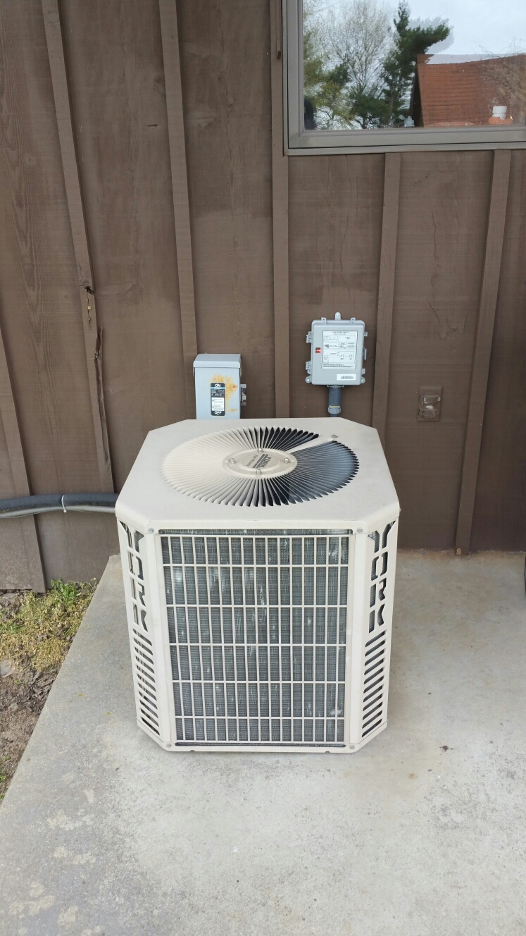 Culver, IN - Install power saving switch on York air conditioner