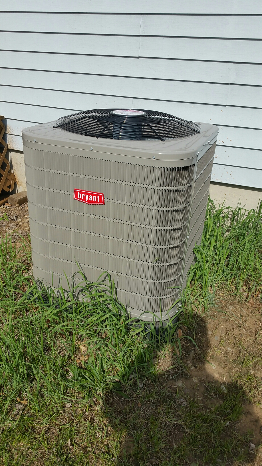 Walkerton, IN - Bryant air conditioner tuneup