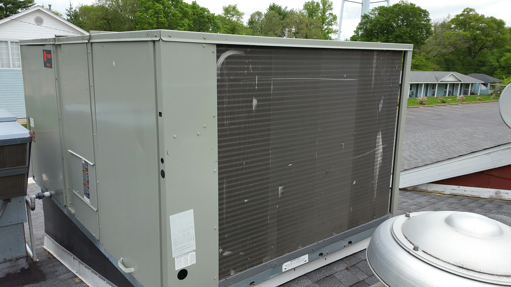Culver, IN - Trane rooftop package heat pump tuneup service