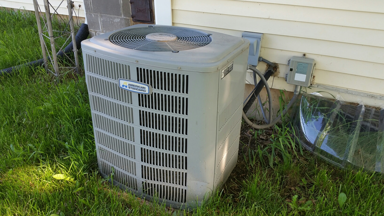 Argos, IN - American Standard air conditioner tuneup service