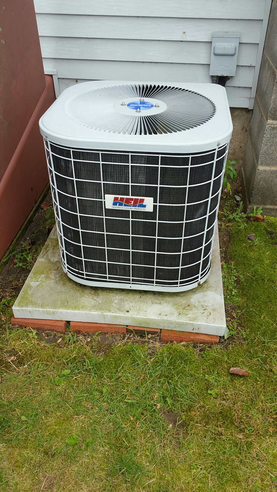 Bremen, IN - Heil air conditioner tuneup service