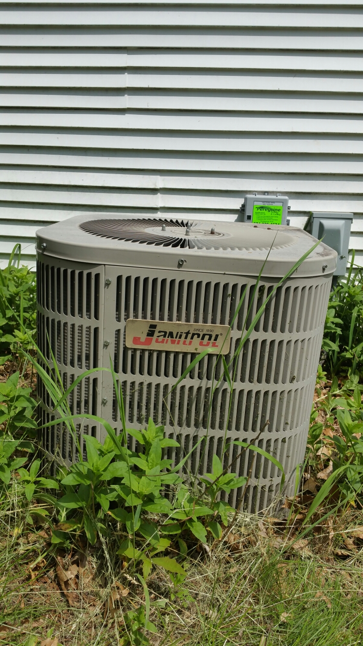 Walkerton, IN - Install energy control switch on Jan it role air conditioner