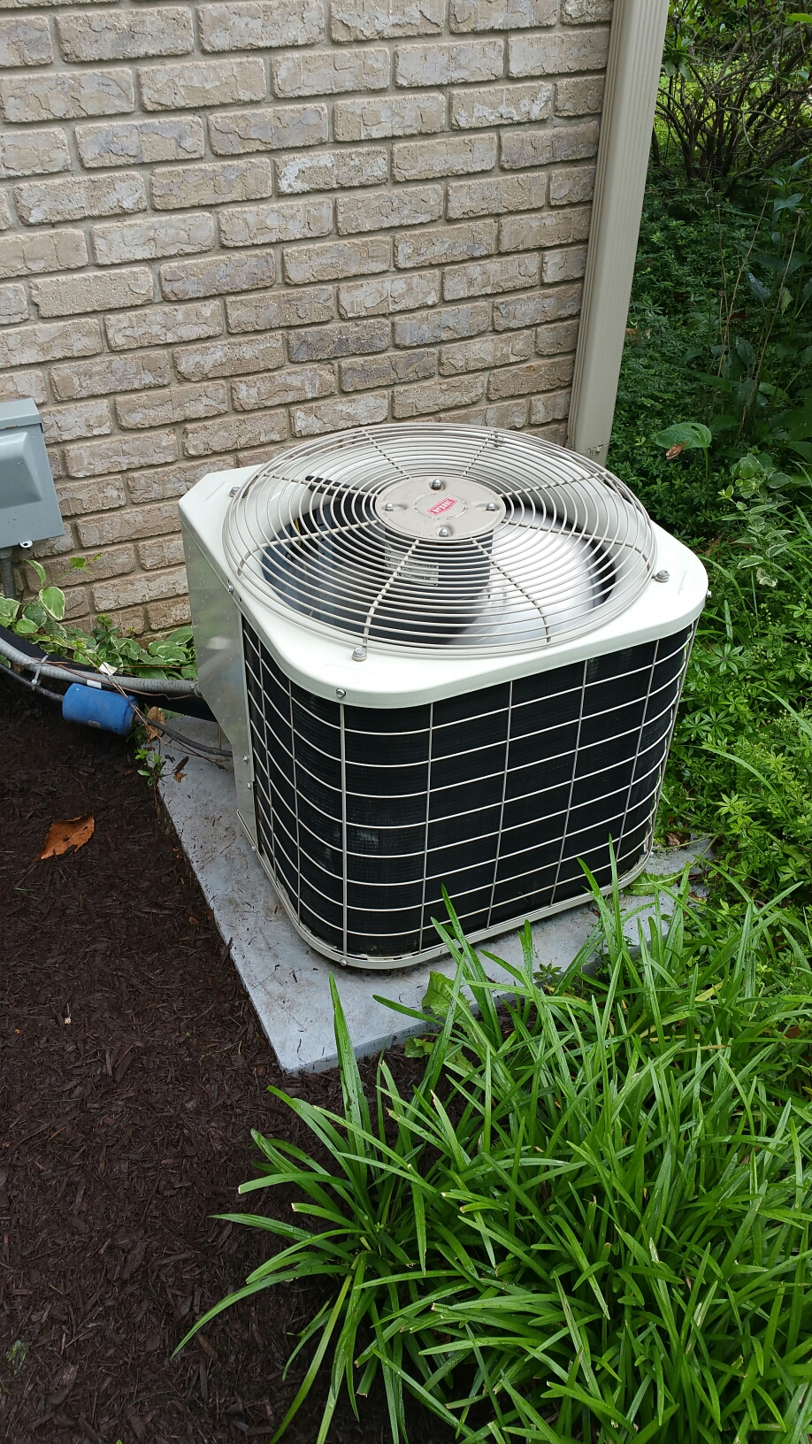 Bremen, IN - Bryant air conditioner tuneup service