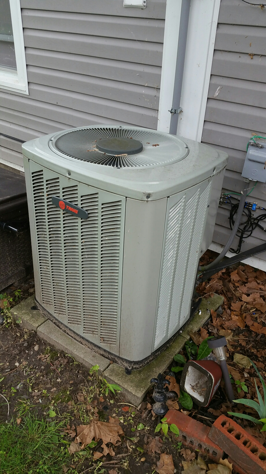 Bremen, IN - Trane air conditioner service repair