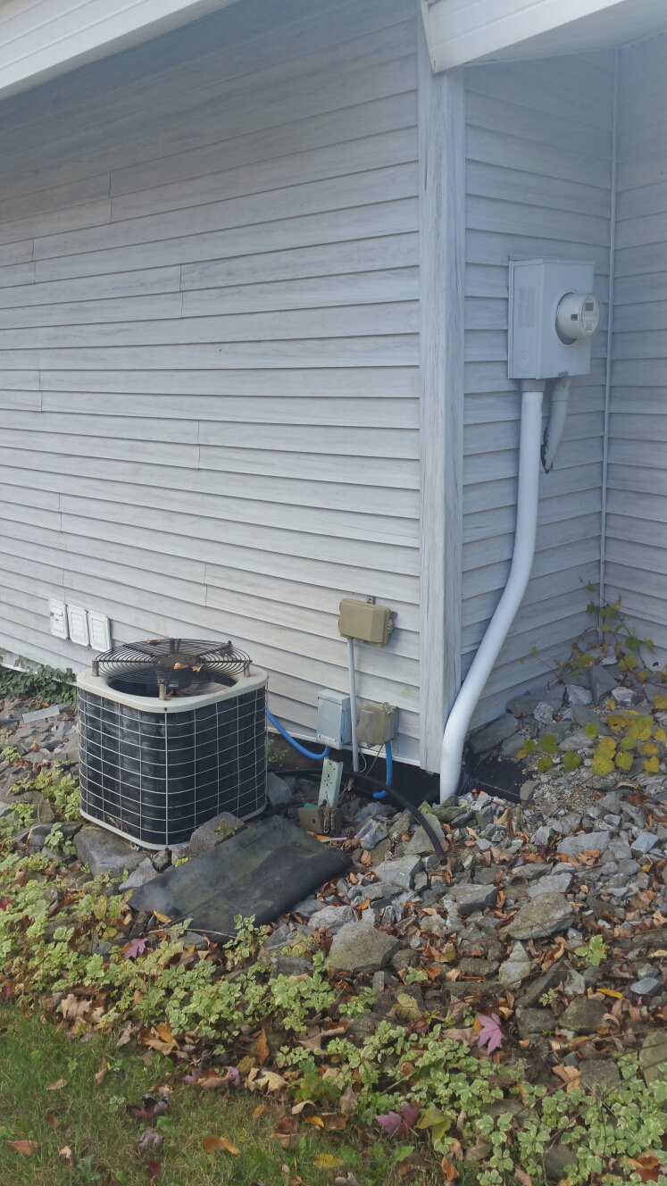 Columbia City, IN - Replace existing ac with Mitsubishi ductless