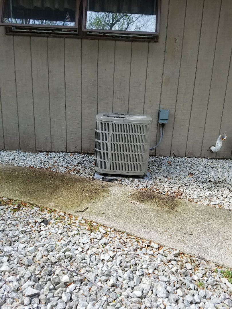Plymouth, IN - Maintenance on a Goodman air conditioner