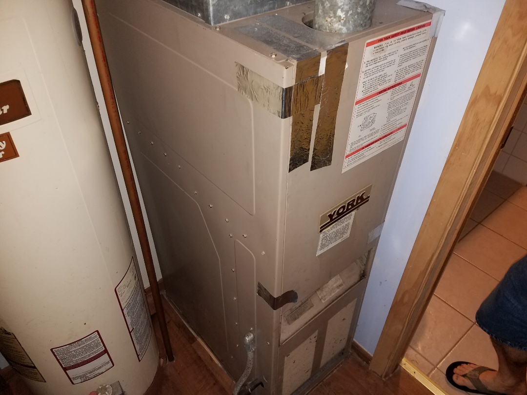 Plymouth, IN - Replacing 30 year old York furnace with new Bryant high efficient Legacy furnace and adding Bryant AC