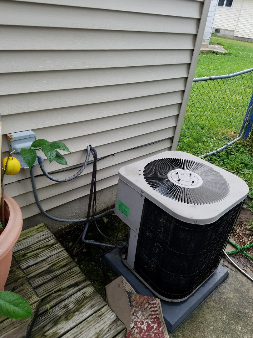 Huntington, IN - Replace Goodman air conditioner with new Bryant air conditioner
