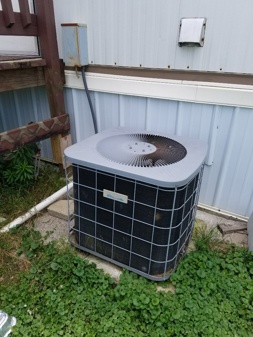 Wabash, IN - Replace mobile home air conditioner with new mobile home high efficiency air conditioner