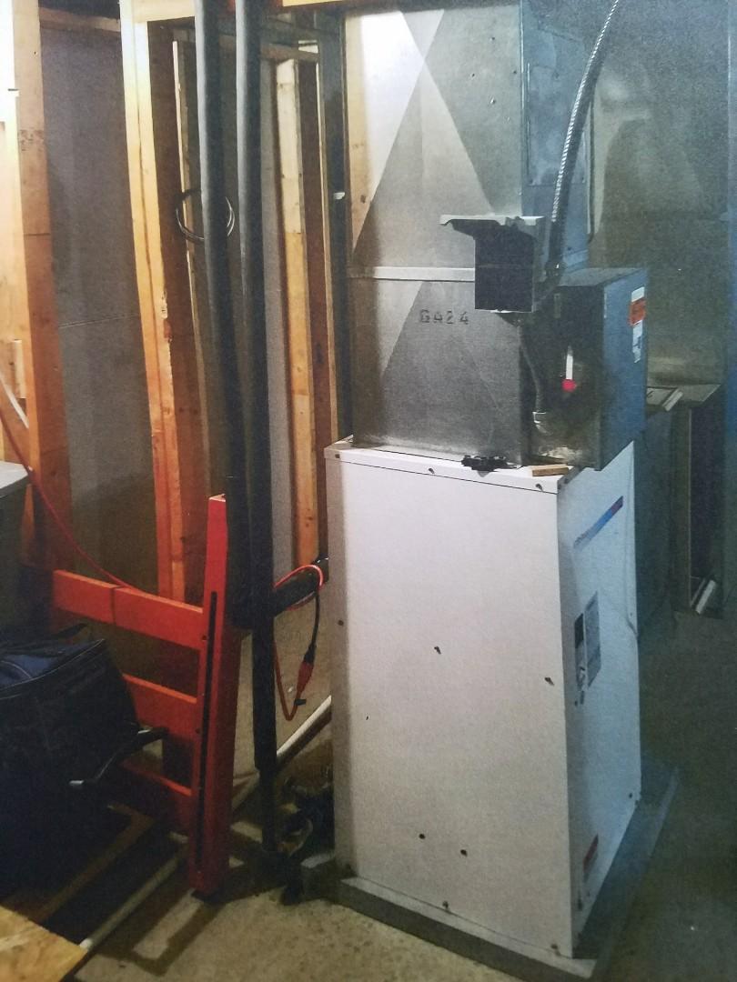 Roanoke, IN - Replace geothermal heat pump with Waterfurnace 2 stage geothermal heatpump