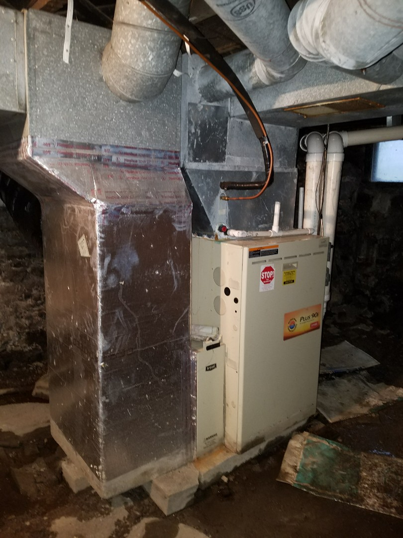 Huntington, IN - Replace twenty-five-year-old Bryant furnace with new high-efficiency Bryant two-stage furnace