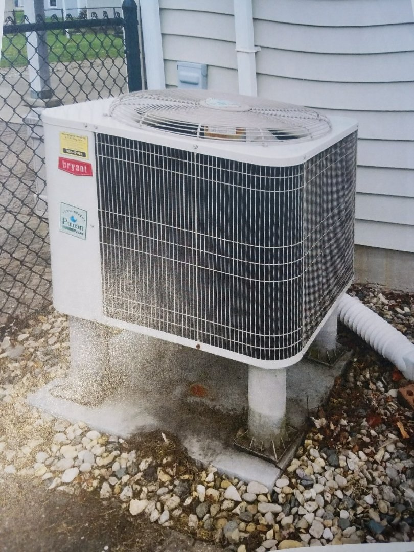 Huntington, IN - Replace Bryant heat pump with new Bryant extreme variable capacity heat pump