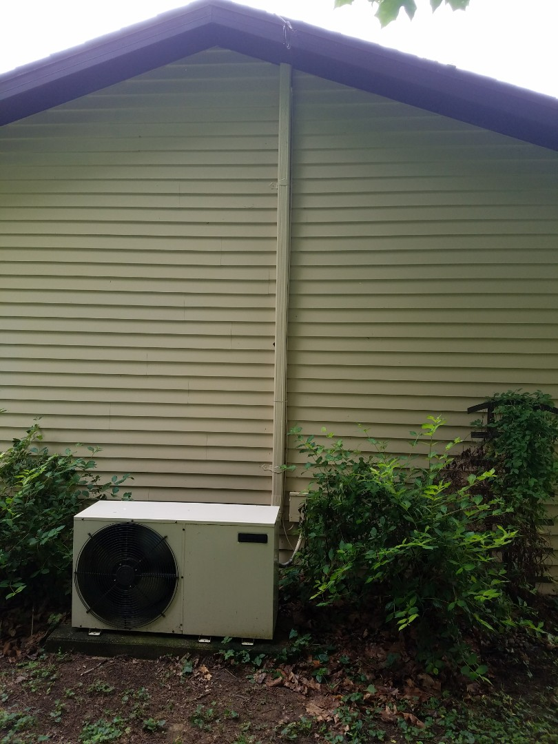 Huntington, IN - Replace thirty-year-old ductless heat pump with new Bryant high-efficiency to head ductless heat pump