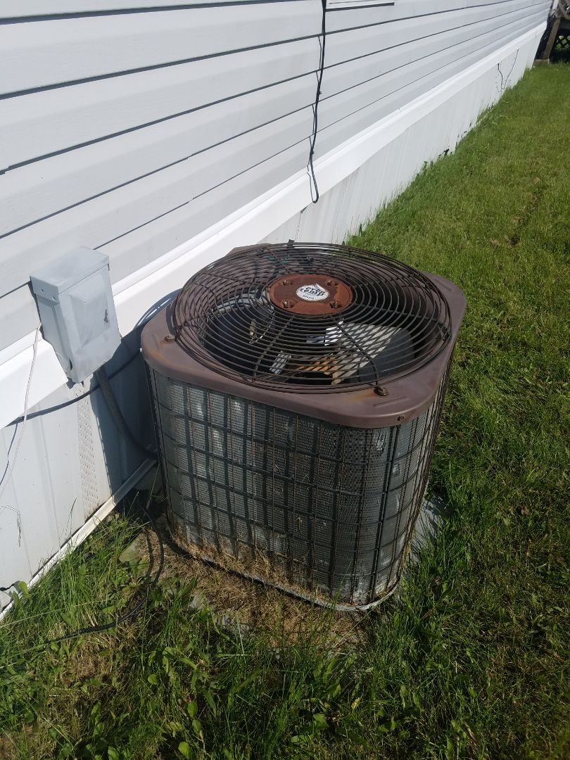Huntington, IN - Replace mobile home air conditioner with new Bryant air conditioner