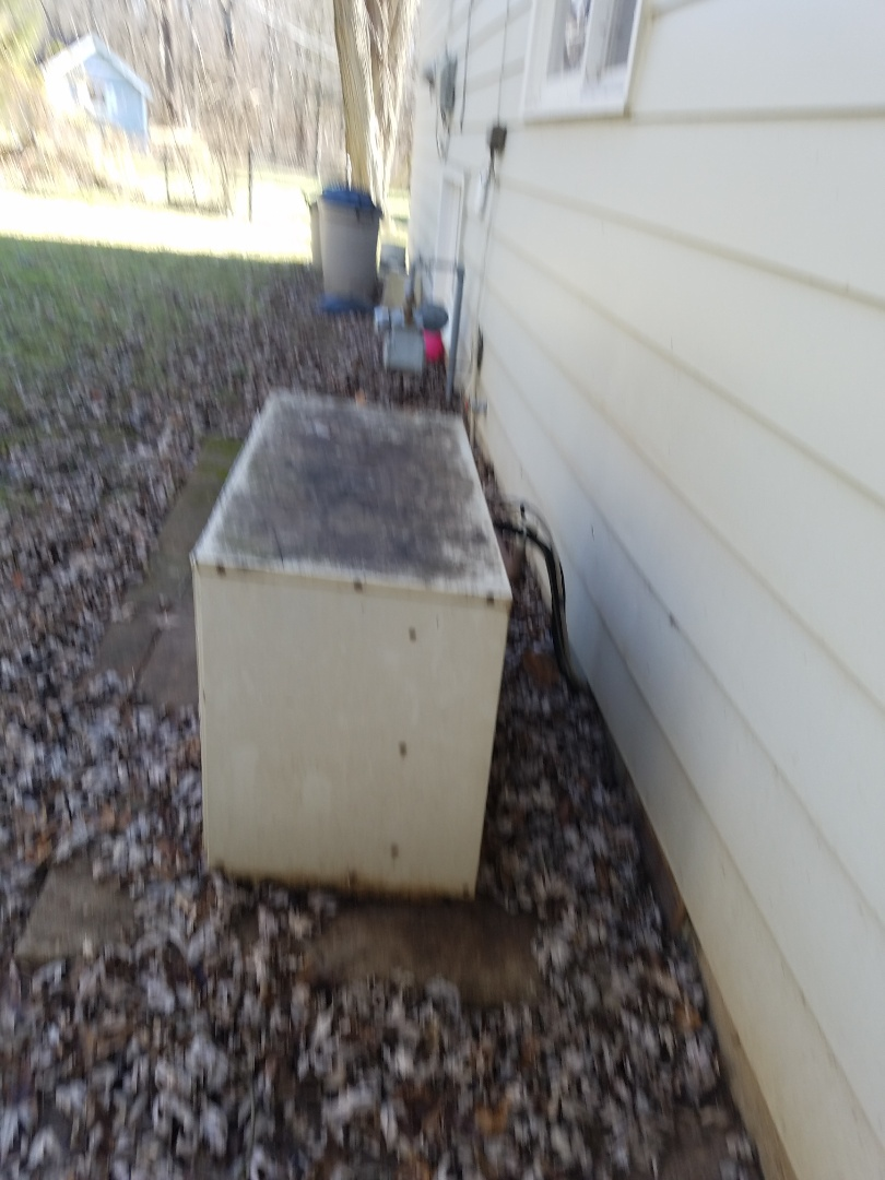 Wabash, IN - Wabash County Indiana replace existing 24 year old horizontal gas furnace with a new Bryant high efficiency two stage gas furnace and add two stage Bryant air conditioner