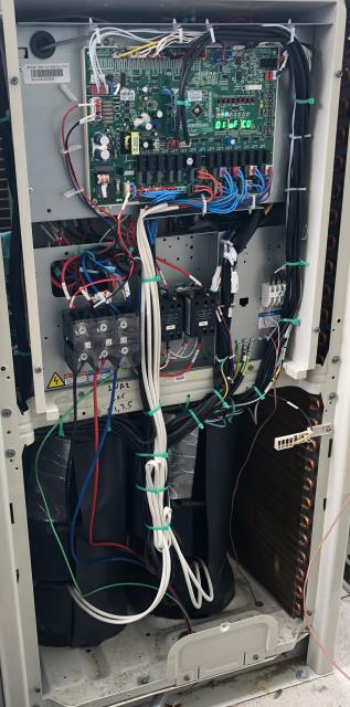 Milton, WA - Working to complete Gree VRF install for an assisted living care center.  We love these high tech, high efficiency projects!  We have the training and experience to complete these kind of projects that other HVAC contractors in the Puget Sound don't.