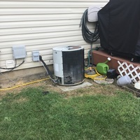 Canal Winchester, OH - Free in-home estimate to install a Carrier 13 SEER Air Conditioner in place of a 1998 Comfortmaker unit.