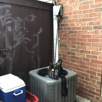 Galloway, OH - Outdoor unit on a Rheem central air system found to be a R-410A unit but had an original R-22 evaporator coil. Air Conditioning System damaged by improper installation/improper operation. Free quote provided to replace with a Carrier System.
