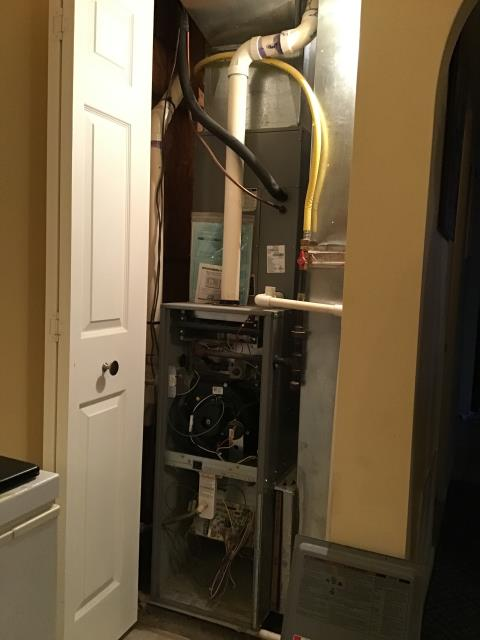 Lockbourne, OH - Customer's current furnace was diagnosed with a bad heat exchanger. Provided estimate to replace Comfortmaker system with new Carrier model. Was provided different options as to efficiency ratings. Pictured below is the older furnace.