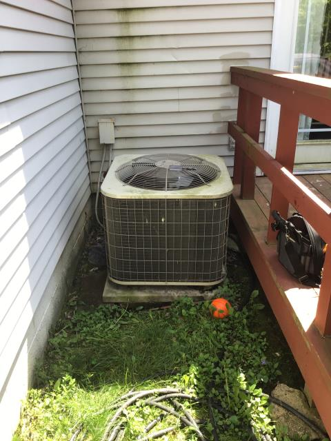 Reynoldsburg, OH - Tune Up and Safety check on 2014 Payne Heat Pump.