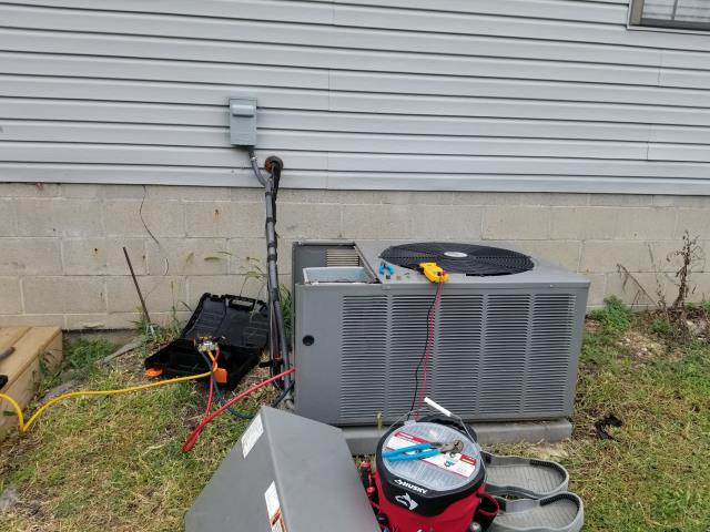 Pickerington, OH - Performed tuneup and safety check on 2013 Rheem AC. All is working well at this time.