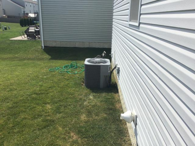 Commercial Point, OH - I Replaced the Compressor-Motor Surge Capacitor on a 2012 Carrier