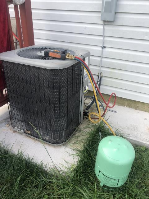 New Albany, OH - Customer said to have smelled natural or propane gas last night about 11pm. Checked all gas appliances with a gas leak detector and got no hits throughout the entire house. Also checked charge on 2007 Lennox ac pressures for a piston system were 74- 25 superheat which is good for this system under this weather today. Unfortunately was unable to find anything at all as far as the culprit for gas smell last evening