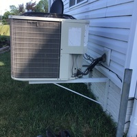Commercial Point, OH - Tune Up and Safety on 2014 Bryant Air Conditioner