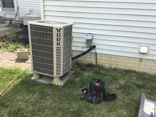 Commercial Point, OH - Found breaker tripping instantly, compressor shorted to ground. Replacing the 2003 York a/c monday.