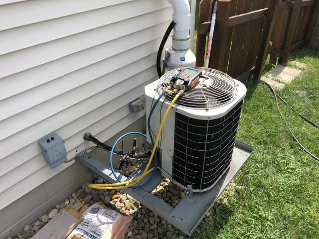 Pataskala, OH - Noise coming from outdoor unit going inside to indoor unit . I replaced the OEM Compressor on a 2003 Bryant
