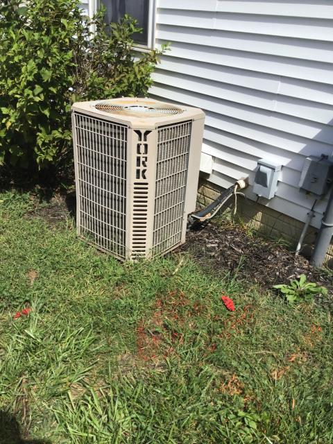 Commercial Point, OH - I provided an estimate for a new Five Star 80% 90,000 BTU Gas Furnace and a new Five Star 13 SEER 2.5 Ton Air Conditioner
