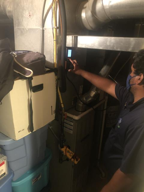 Reynoldsburg, OH - I preformed a Air duct cleaning that helps to  eliminating dust, mold and other contaminants from your heating and air conditioning system ductwork