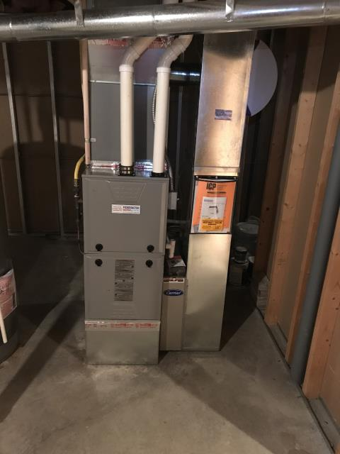 New Albany, OH - I replaced an OEM Inducer Motor for a 2006 Comfortmaker gas furnace. Everything running properly at time of departure.