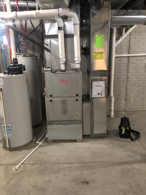 New Albany, OH - I replaced OEM WARRANTY Bryant Evolution Connex communicating thermostat.