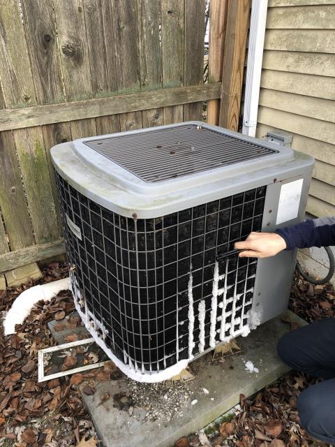 Pickerington, OH - I replaced the defrost sensor on a Comfortmaker Heat Pump