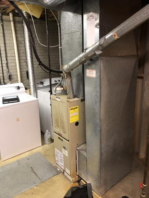 Columbus, OH - I found that both the transformer and circuit board have failed. Customer has opted to replace 30 year old RPJ gas system versus moving forward with repairs.