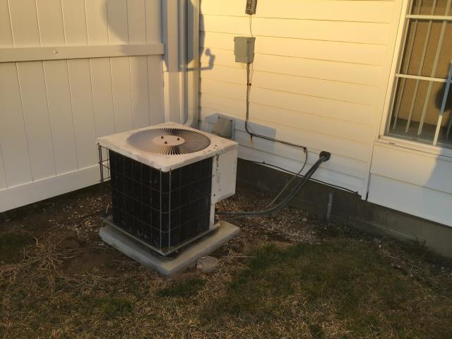 Westerville, OH - I replaced the OEM Service valve Liquid and the OEM Service Valve Suction 7/8in on a 2020 Carrier 96% 60,000 BTU Gas Furnace.  System was operational at time of departure.