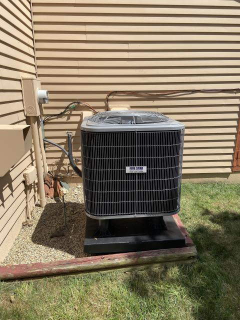 Galloway, OH - I completed a scheduled maintenance agreement heat pump tune up. All equipment was fully functional upon departure.