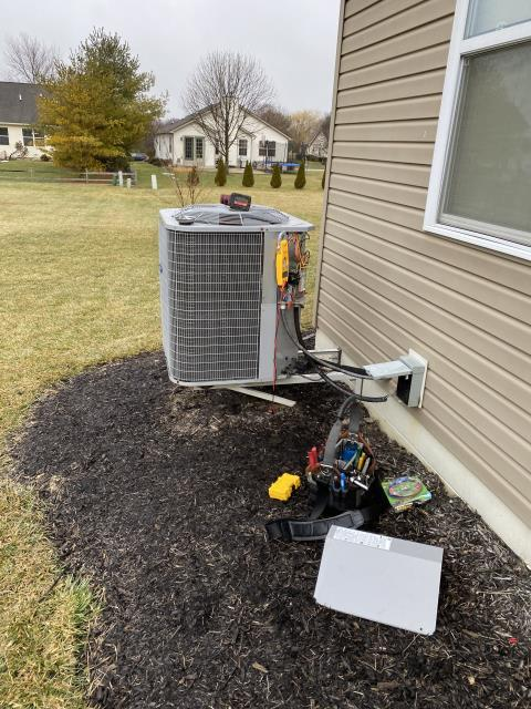Canal Winchester, OH - I replaced bad OEM compressor and installed Honeywell6 thermostat.
