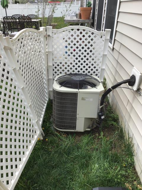 Canal Winchester, OH - I performed a tune up and safety check on a Bryant air conditioner.  I found that the condensate drain was dirty so I cleaned it out.  I also cleaned off the back of the blower wheel.  Everything was full operational upon my departure.