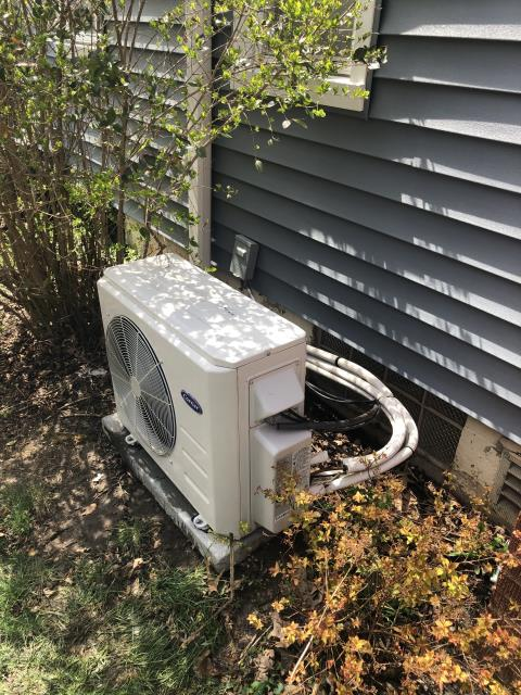 Columbus, OH - I performed a diagnostic on a Carrier mini split system.  I found that the refrigerant level was low and with customer's permission I charged the system with the correct amount of refrigerant.  System was fully functional upon my departure.