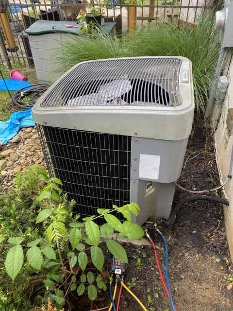Pickerington, OH - I completed a return service on an air conditioner. I found that the filter was dirty and the customer will be replacing, the unit is otherwise operational.
